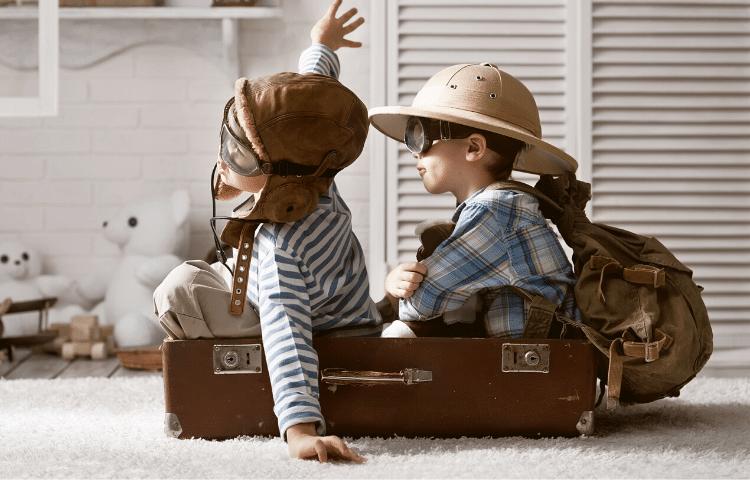 preparare valigia per viaggi bambini in auto