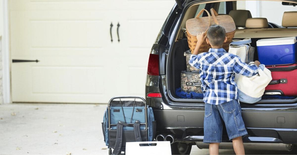 viaggiare con bambini piccoli in auto
