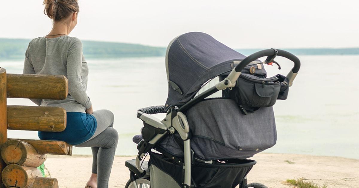 10 accessori per passeggino che aiutano genitori e bambini